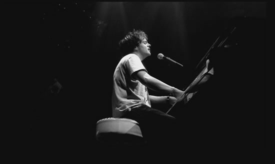 Jamie Cullum performing Gran Torino live at Le Zenith in Paris